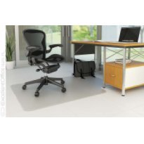 Mata pod krzesło Q-CONNECT, na podłogi twarde, kształt T, wym. 914x1220mm, grub. 2,5mm, PVC